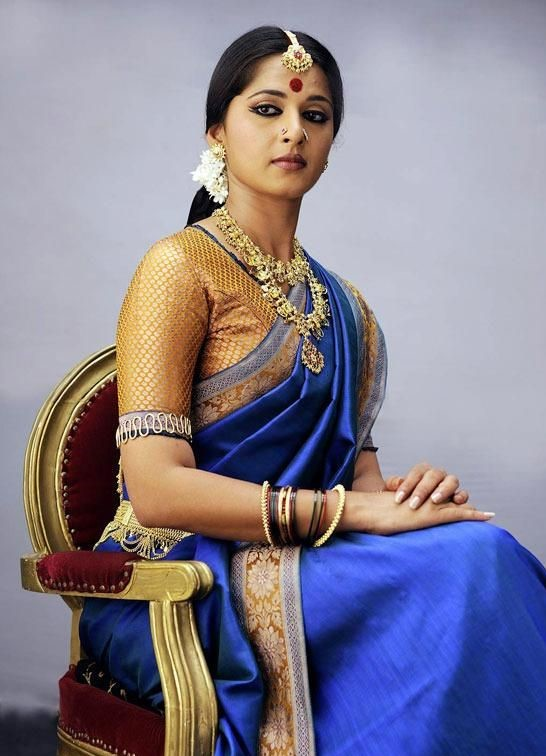 anushka royal blue wedding saree with blouse