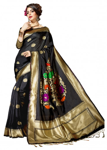 00KANCHI4439 - Black kanchipuram silk saree with Black jacquard blouse
