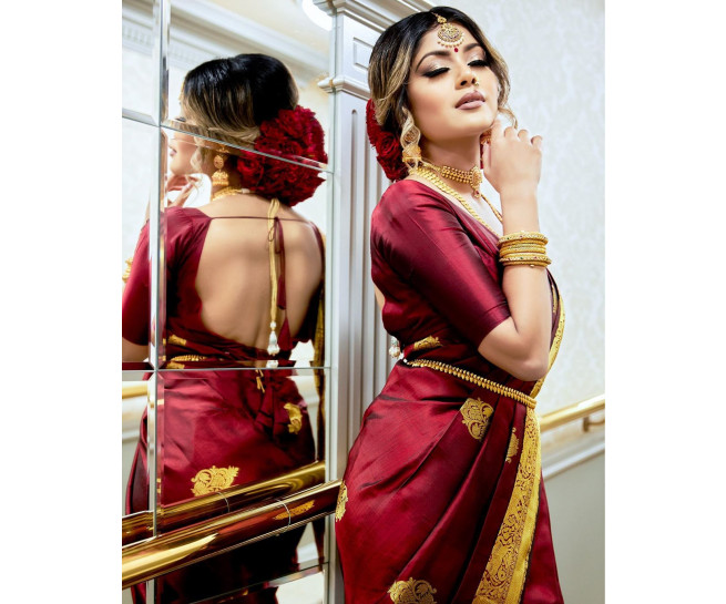 00KANCHI3900PERU36 - Dark maroon kanchipuram silk saree in scattered buttas