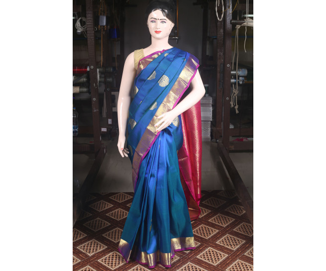 00KANCHI4000AKN104 - peacock blue kanchipuram saree in gold border