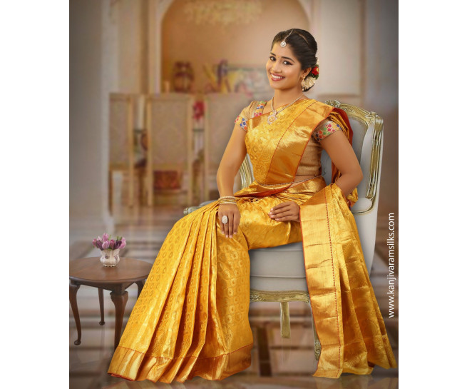00BRID4001 - Full gold wedding saree