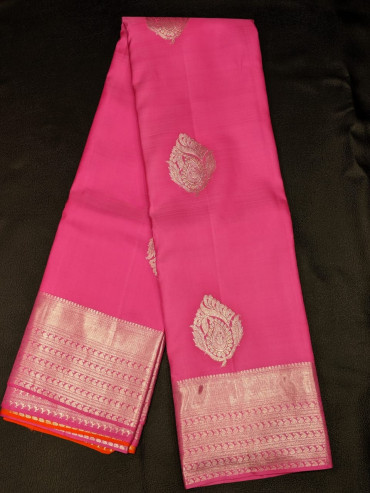 00KANCHI4439PONNU46 -rose gold border kanchipuram saree