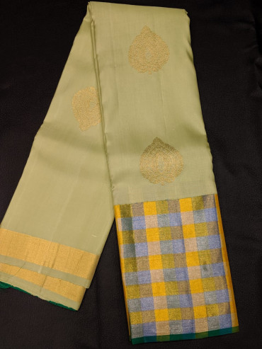 00KANCHI4439PONNU47- elachi green kanchipuram silk saree