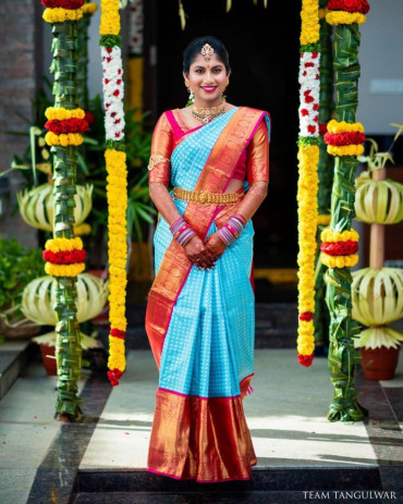 000KANCHI3900PERU23 - Ananda blue kanchipuram saree in pink border