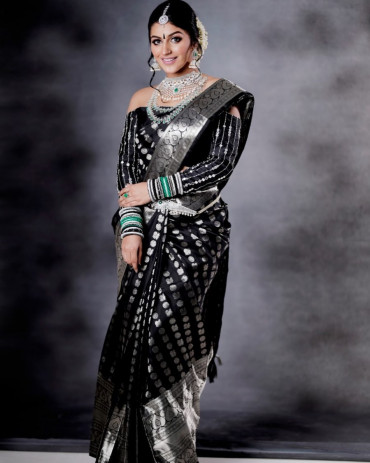 00KANCHI3900PERU2 - Black kanchipuram silk saree in silver zari