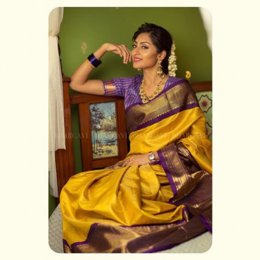 000KANCHI3500PERU6 - Mustard kanchipuram silk saree in meenakshi colour border