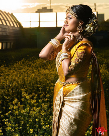 00KANCHI3900PERU31 - Offwhite kanchipuram saree in mustard gold zari border