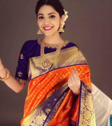00KANCHI3900PERU30 - Orange kanchipuram silk saree in navy blue border