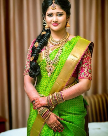 000KANCHI3900PERU53 - Parrot green kanchipuram saree in gold banarasi border