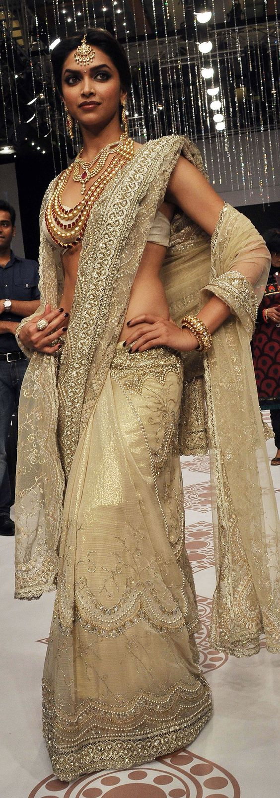 deepika padukone in silverish wedding saree