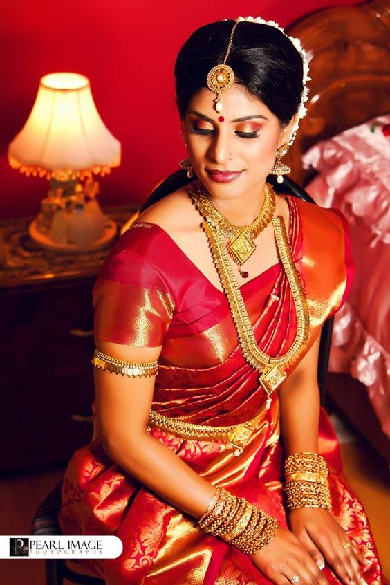 maroon wedding saree with matching blouse