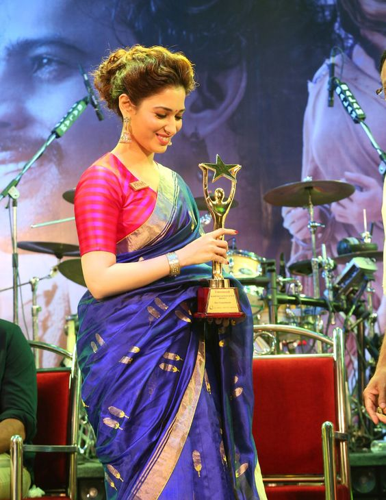 tamanna in royal blue Kanchipuram silk saree with red blouse design